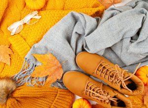 herfstkleuren kleding en bladeren