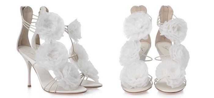 Bruidsschoenen van Giuseppe Zanotti. Bekijk hier de bruidsschoenen collectie van Giuseppe Zanotti. Prachtige pumps, peeptoes en high heels!