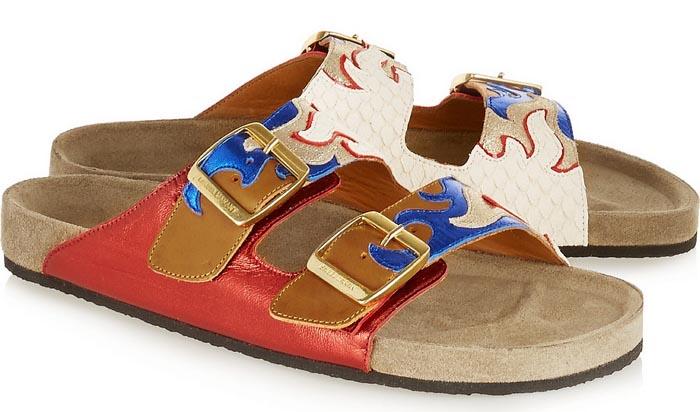 Fashiontrend 2015: designer slippers. Van Newbark, Isabel Marant, K Jacques St Tropez tot Toga Pulla en Stella McCartney. Fashion trend 2015: slippers.