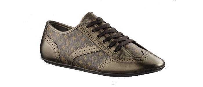 Louis Vuitton sneakers. Bekijk hier alles over Louis Vuitton sneakers. Lees hier alles over Louis Vuitton sneakers. Een musthave voor je garderobe!