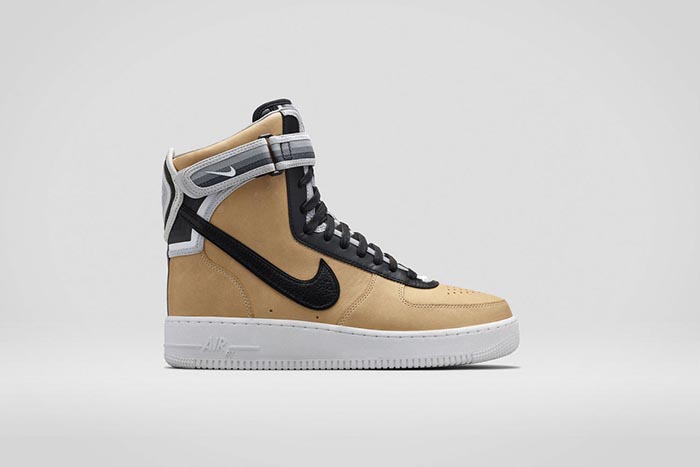 Nike x Riccardo Tisci: de Air Force 1 collectie. Alles over de Nike x Riccardo Tisci collectie.  Nike + R.T. Air Force 1 sneakers, low- en high tops.