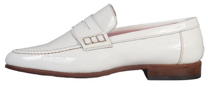 Alles over O'Quirey. Lees hier alles over schoenenmerk O'Quirey en ontdek hier alles over! Booties, brogues en loafers behoren o.a. tot de collectie.
