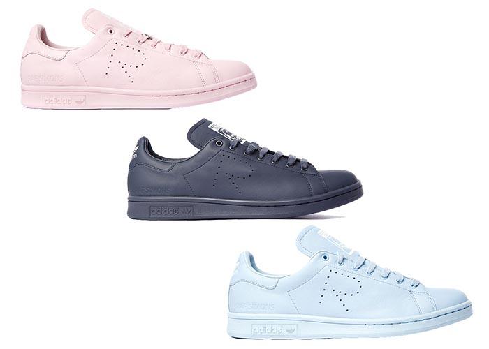 Raf Simons ontwerpt opnieuw voor Adidas. Designer Raf Simons ontwerpt opnieuw voor Adidas: high tops, Stan Smith sneakers, slippers en andere schoenen.