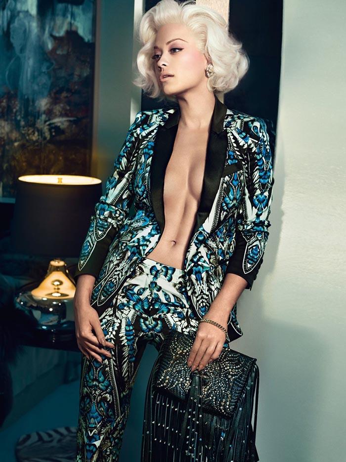Rita Ora is het nieuwe gezicht van Roberto Cavalli: net als Marilyn Monroe. Bekijk hier Rita Ora als het nieuwe gezicht van Roberto Cavalli. Bekijk nu.