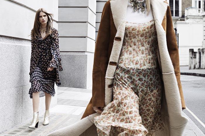 De Zara 2013 collectie. Bekijk in het Zara 2013 lookbook de herfst winter collectie. Nieuwe modellen, designs en kleuren van Zara ontdek je hier.