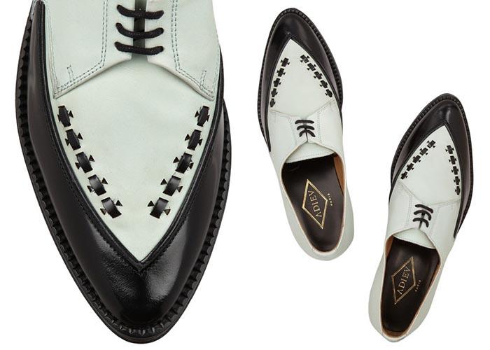 Brogues van het Parijse merk Adieu. Lees hier alles over het Parijse schoenenlabel Adieu. Bekijk de brogues en loafers van het stijlvolle merk hier.
