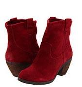 Mode en style: schoenen in de winter. Welke schoenen draag je in de winter? Maar ook alles over mode en style in de wereld van schoenen lees je hier!