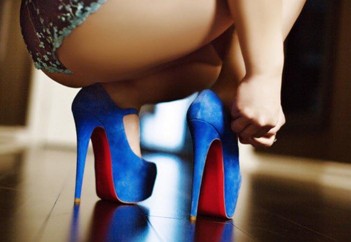Waar mannen van houden: hoge hakken, high heels en veel meer. Ontdek alles over de fantasieën van mannen over hoge hakken en high heels.