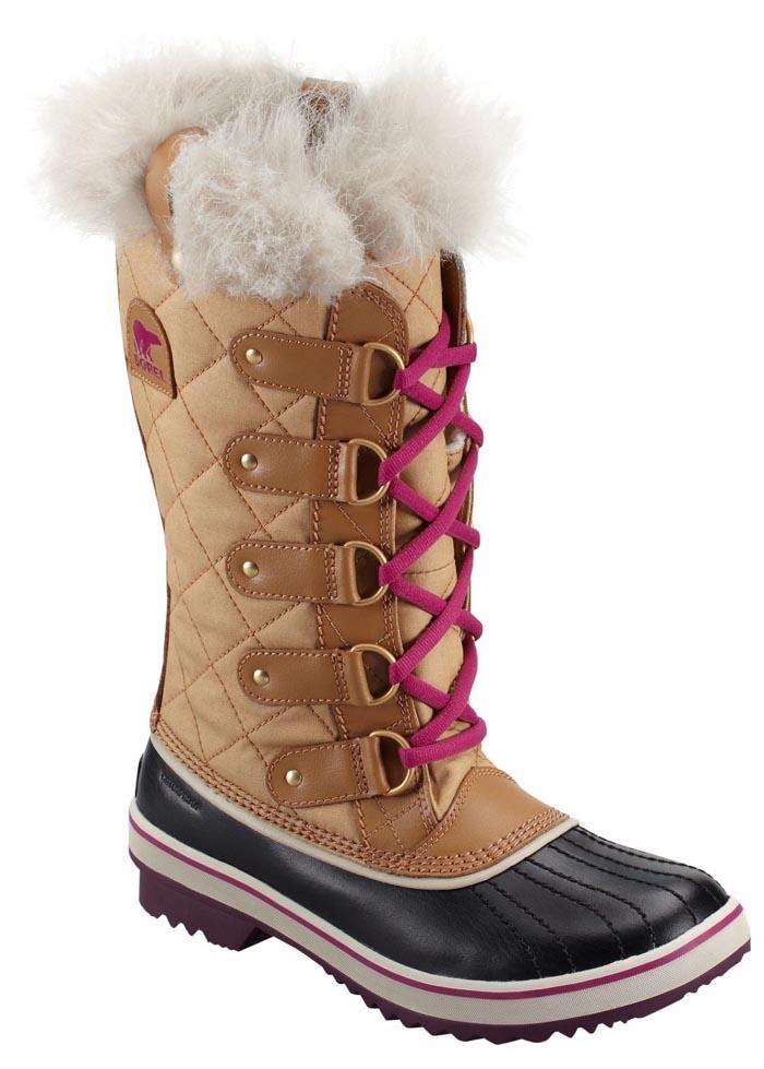 De meest stijlvolle snowboots voor jou: van Sorel boots tot sneeuwlaarzen van Isabel Marant, Nordstrom, Jimmy Choo en meer. Alle snowboots voor jou op een rij.