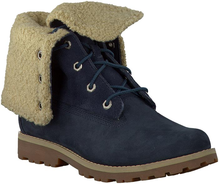Shearling: winter trend 2014: boots, jassen etc. Alles over shearling boots en andere fashion items. Ontdek de trend voor de winter van 2014.